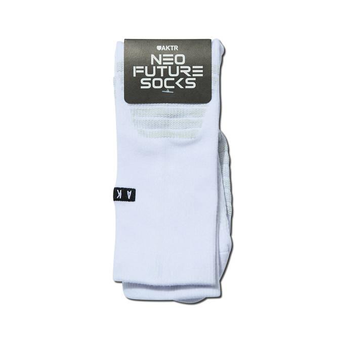 AKTR LOGO NEO FUTURE SOCKS WHITE【521-003021】